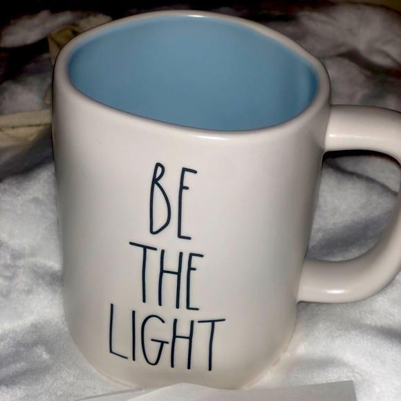 BE THE LIGHT mug
